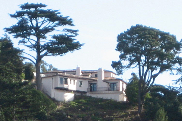 The house sits in a commanding position atop one of San Francisco's most desirable neighborhoods west of Twin Peaks.
